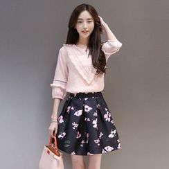 Lavogo - Set: 3/4-Sleeve Frilled Trim Pullover + Floral A-Line Skirt