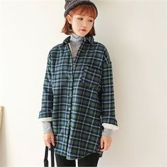 Styleberry - Pocket-Front Fleece-Lined Plaid Shirt
