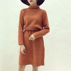 Octavia - Turtleneck Drawstring Waist Knit Dress