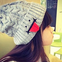 EVEN - Tongue Accent Beanie