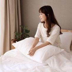 Lazy Corner - Disposable Bedding Set