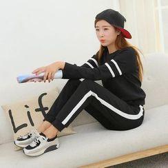 ENZA - Set: Striped Sweatshirt + Sweatpants