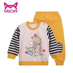 MiiOW - Kids Set: Cartoon Print Pullover + Sweatpants