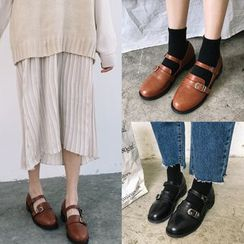 SouthBay Shoes - Strapped Flats