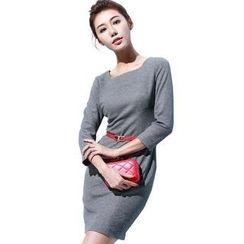 Aision - 3/4-Sleeve Dress