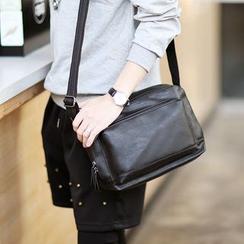 ETONWEAG - Faux Leather Shoulder Bag