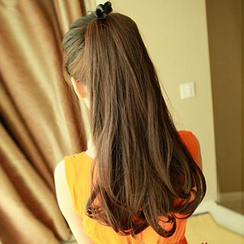 Pin Show - Wrap Ponytail - Wavy