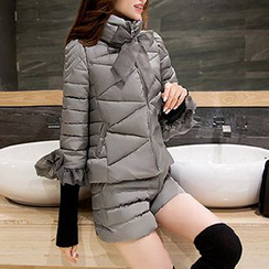 Romantica - Set: Ruffled Padded Jacket + Shorts