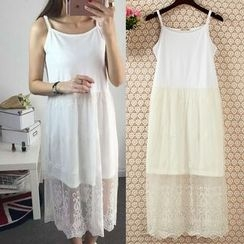 Lacyland - Embroidered Slipdress