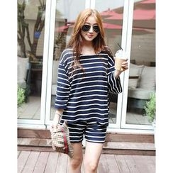 SARADA - Set: Drop-Sleeve Striped T-Shirt + Sweat Shorts