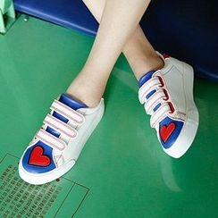 Renben - Heart Applique Velcro Sneakers