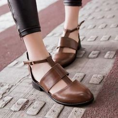 幸福鞋坊 - 镂空粗跟凉鞋