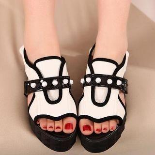 Mancienne - Platform Studded Sandals