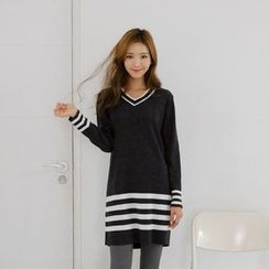 JUSTONE - V-Neck Contrast-Trim Knit Dress