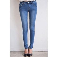 伊之戀 - 窄身牛仔褲