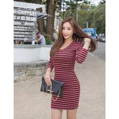 GUMZZI - V-Neck Striped Dress