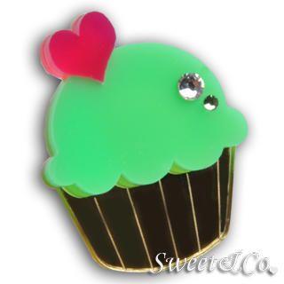 Sweet & Co. - Mini Green Cupcake Crystal Gold Ring (M)