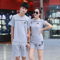Lovebirds - Set: Couple Striped T-Shirt + Shorts