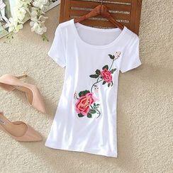 Clementine - Flower Embroidered Short Sleeve T-Shirt