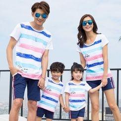 Lovebirds - Family Matching Set: Striped T-Shirt + Shorts