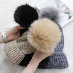 CERA - 毛毛球無邊帽