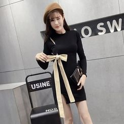 Honeydew - Bow Accent Long Sleeve Knit Dress