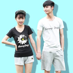 Sunny Station - Couple Matching Set : Printed Short-Sleeve T-shirt + Shorts