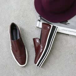 NANING9 - Wing-Tip Loafers