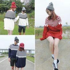 Moon City - Patterned Couple Matching Sweater