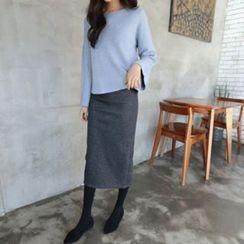 Hello sweety - Brushed Fleece Lined Slit-Back Skirt