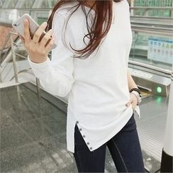 PIPPIN - Slit-Side Button-Detail T-Shirt