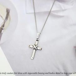 NANING9 - Cross Pendent Necklace