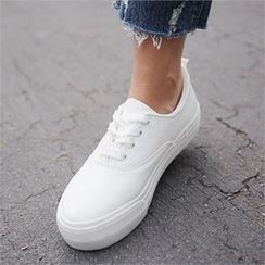 QNIGIRLS - Round-Toe Platform Sneakers