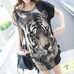 Rocho - Tiger Print Long T-Shirt