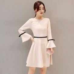 Mandalle - Contrast Trim Long Sleeve A-Line Dress