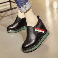JY Shoes - Platform Hidden Wedge Slip Ons