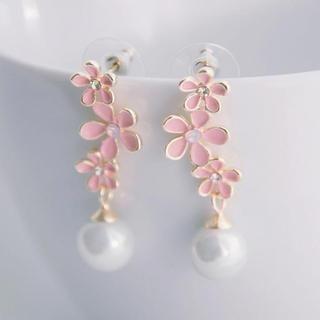 Tokyo Fashion - Faux-Pearl Flower Drop Earrings