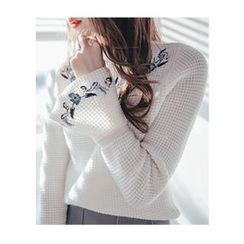 Chlo.D.Manon - Flower-Embroider Waffle-Knit Sweater