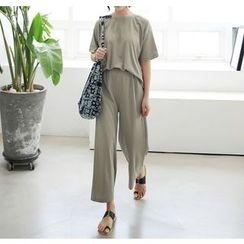 Miamasvin - Set: Short-Sleeve T-Shirt + Sweatpants