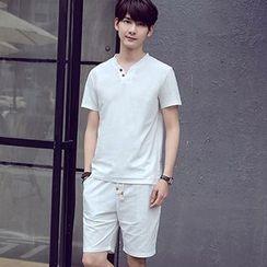 Evzen - Set : V-neck Short-Sleeve T-shirt + Shorts