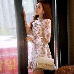 Dabuwawa - Long-Sleeve Bow-Accent Paneled Printed Dress
