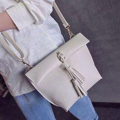 Clair Fashion - 韩版个性皮革流苏简约肩背包
