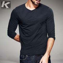 Quincy King - Long-Sleeve V-Neck T-Shirt