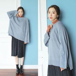 WITH IPUN - Dip-Back knit Top