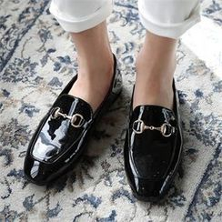CHICFOX - Patent Buckled Loafers