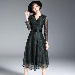 欧依潮派 - 长袖饰腰带蕾丝连衣裙