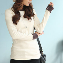 CLICK - Contrast Trim Long-Sleeved T-Shirt
