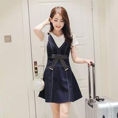 Ashlee - 套裝: 短袖T恤 + 飾蝴蝶結無袖A字連衣裙
