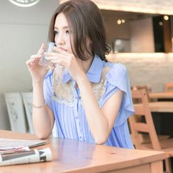 Tokyo Fashion - Tulip-Sleeve Lace Panel Pleated Blouse
