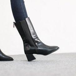 VIVIER - Banded-Detail Kitten-Heel Boots